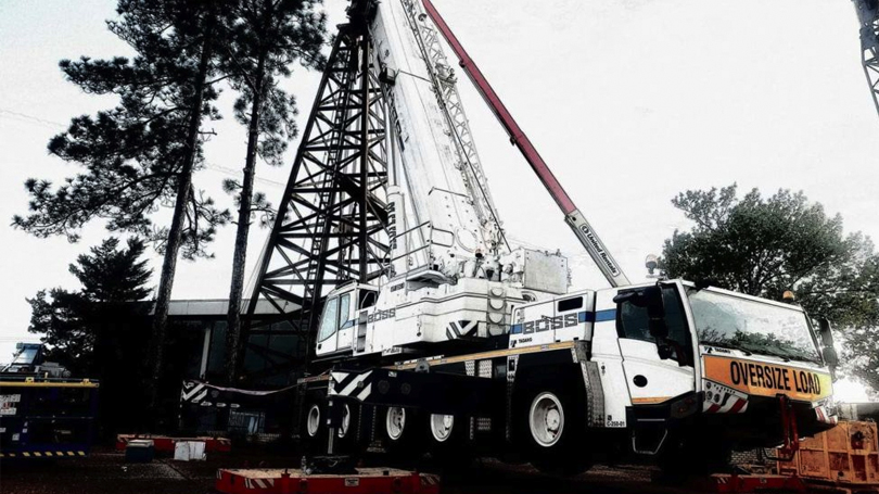 BOSS Crane & Rigging Helps Dismantle Oil Derrick at East Texas Oil Museum